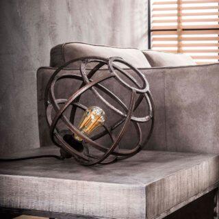 Landelijke tafellamp rond antiek koper